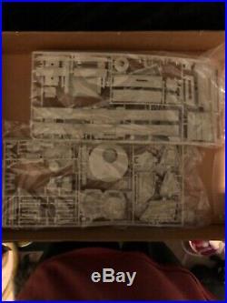 1979 HAN SOLO'S STAR WARS MILLENNIUM FALCON MPC MODEL KIT Pre-Owned