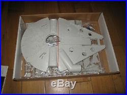 1979 Vintage Star Wars MPC Millenium Falcon Illuminated Model Kit