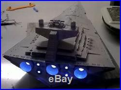 1/2700 Large Star Destroyer with led lighting / Flickering engine led's