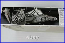 2008 Revell Star Wars Republic Star Destroyer Model Kit 85-6445 Complete