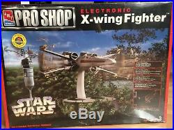 AMT/ERTL Pro Shop Electronic X-wing Fighter Star Wars Model Kit New