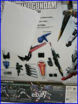 Bandai PG Star War 1/60 Perfect Strike Gundam Model Kit BOX SLIGHTLY DAMAGED