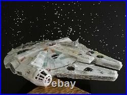 Bandai Star Wars Millenium Falcon 1/144 Model Kit beleuchtet & bemalt