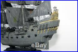 Black Pearl Captain Jack Sparrow Ship Pirates of the Caribbean 1/72 Zvezda 9037