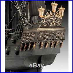 Black Pearl Pirates of the Caribbean 172 Scale Lv 5 Limited Ed Revell Model Kit