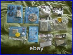 De Agostini Millennium Falcon kit Parts 1-100 complete, still sealed