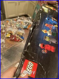 LEGO 21324 Ideas 123 Sesame Street Build Display Model Kit w Character Figures