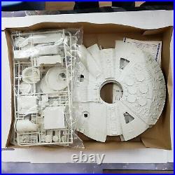 NIB Star Wars Return Of The Jedi Millenium Falcon Model 8917 MPC OPEN BOX NEW