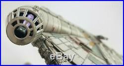(PRO-BUILT MODEL) MILLENNIUM FALCON 1144 PROP REPLICA Star Wars