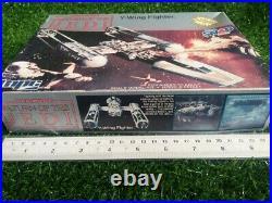 Plastic Model Kit Star War Y-wing Fighter