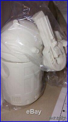 R2-D2 1/6 scale soft vinyl model kit by Kaiyodo