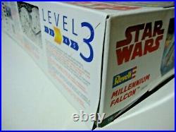 REVELL Millennium Falcon 06718 Model Kit 1/72 Star Wars THE LAST JEDI Sealed MiB