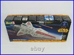 Rare 2005 Revell Star Wars Republic Star Destroyer Model Kit #04860 Complete