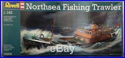 Revell #05204 1/142 North Sea Trawler Plastic Model ship Kit new in the box