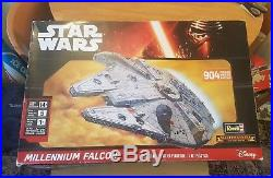 Revell 2015 Star Wars Millennium Falcon Master Series Plastic Kit 904 Pieces