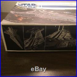 Revell Star Wars Republic Star Destroyer Model 85-6445 New Not Sealed Venator