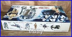 STAR WARS Vintage R2-D2 Artoo-Detoo Plastic Model Kit Revell Takara 1977
