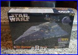 Star Destroyer Fiber Optic Lighting 1995 STAR WARS AMT ERTL Model Kit #8782 NEW