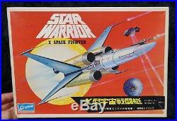 Star Warrior X Space Fighter Crown Model Kit Star Wars