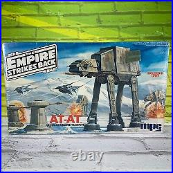 Star Wars 1981 The Empire Strikes Back AT-AT Vintage MPC Model Kit 1-1918 Sealed