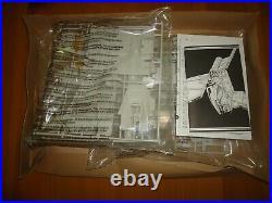 Star Wars Commemorative Edition Shuttle Tydirium Model Kit AMT/ERTL- Sealed'96