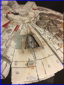 Star Wars Millennium Falcon Model Bandai 1/144 FULLY BUILT + LIGHTING