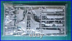 Star Wars Republic Venator Star Destroyer Model Kit by Revell + Side Panels