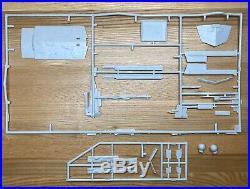 Star Wars Star Destroyer With Lighting System Model Kit by AMT/ERTL 8782