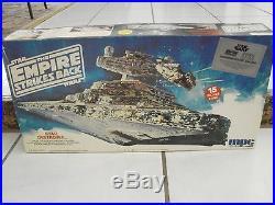Star Wars The Empire Strikes Back Star Destroyer model kit 1989 MPC/ETRL